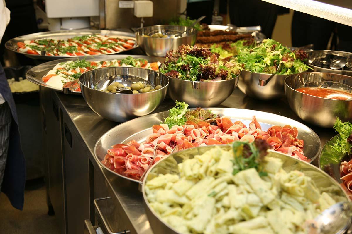 Hotell Rådmannen Köket mat på fat